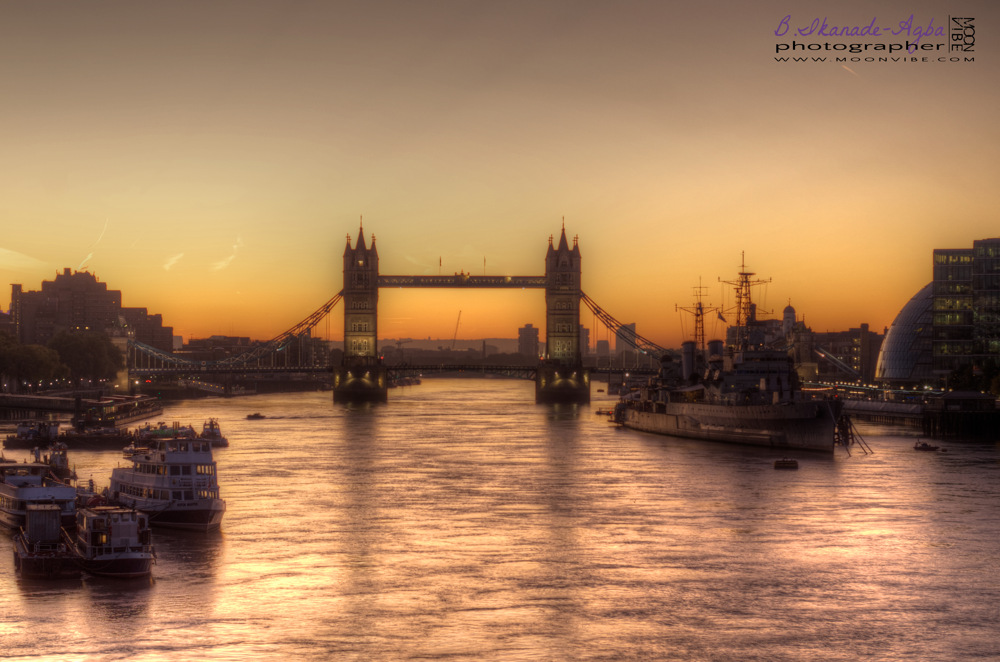 photoblog image Tower Bridge
