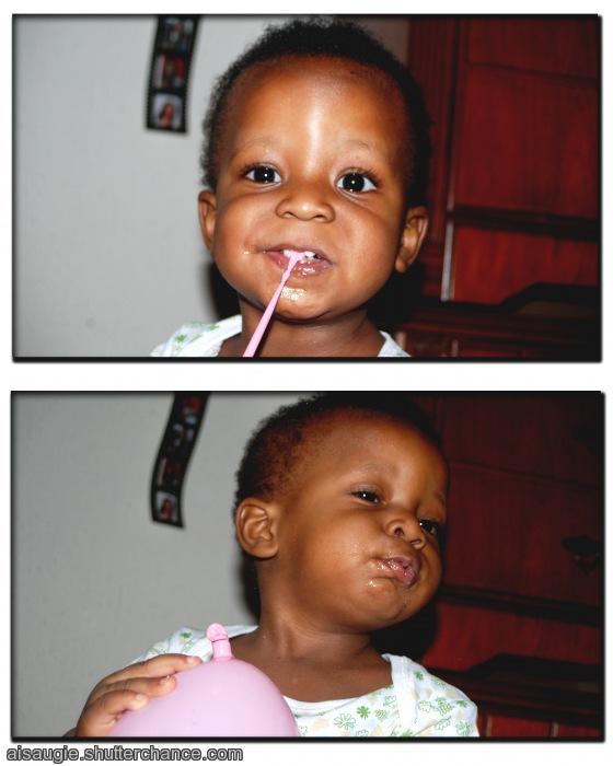 photoblog image Imaad and his balloon