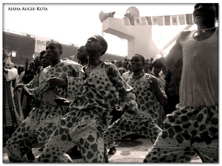 photoblog image Eyo Festival, Lagos Nigeria 2009