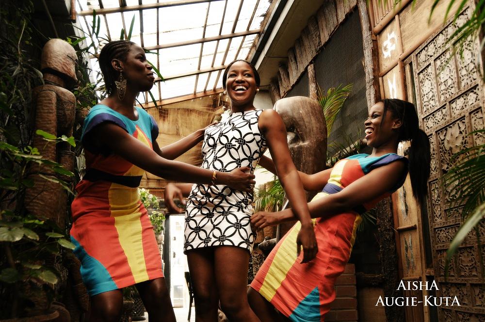 photoblog image GREY