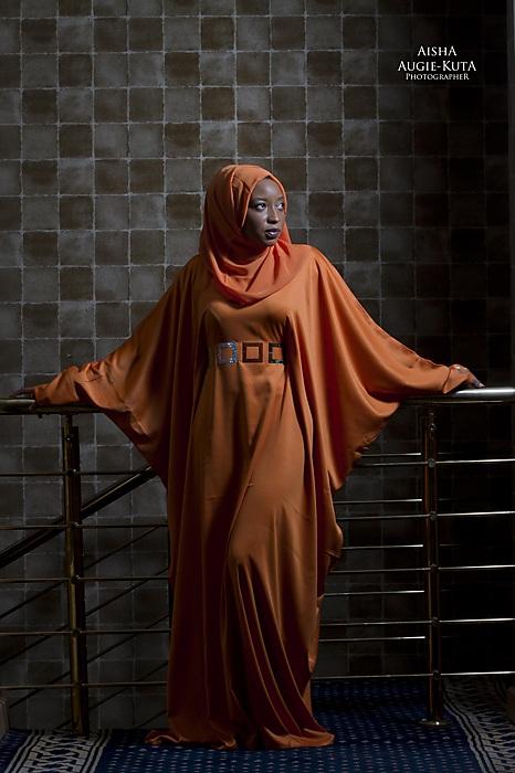 photoblog image Bahraini in Orange