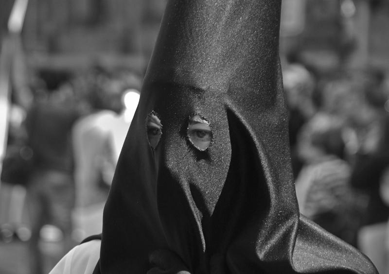 photoblog image Tiempo de procesiones y penitencias......