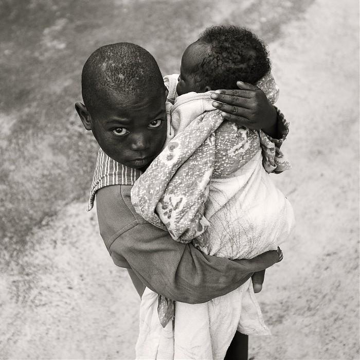 photoblog image Children of Rwanda #2 : Protection