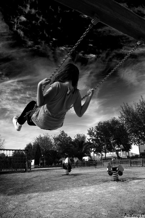 photoblog image Swinging Girl