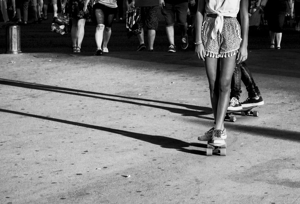 photoblog image Legs & shadows