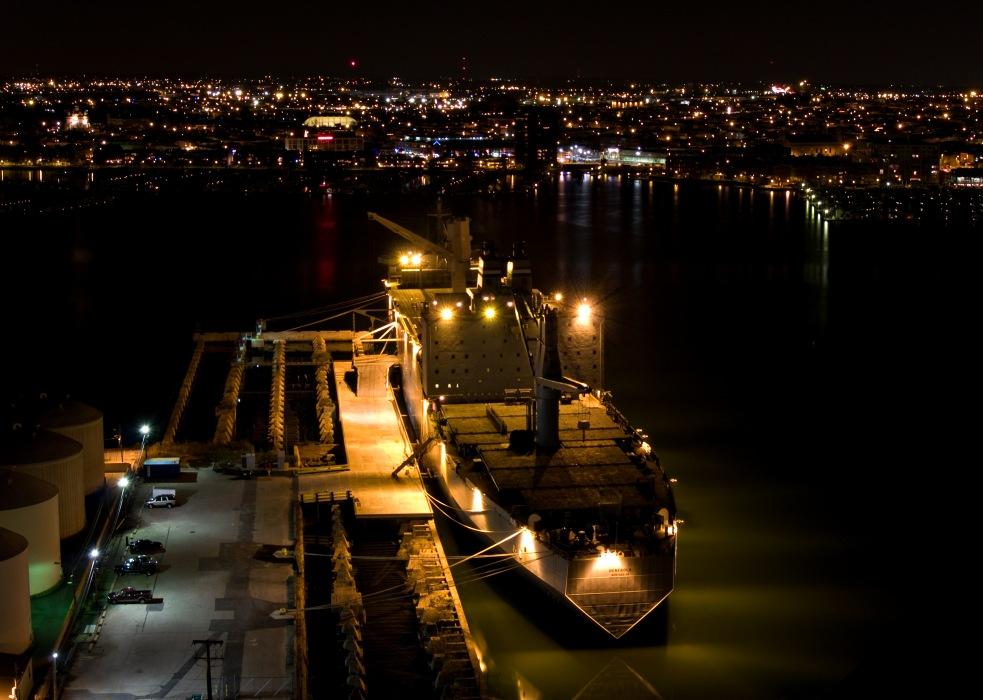 photoblog image Baltimore harbor skyline #2
