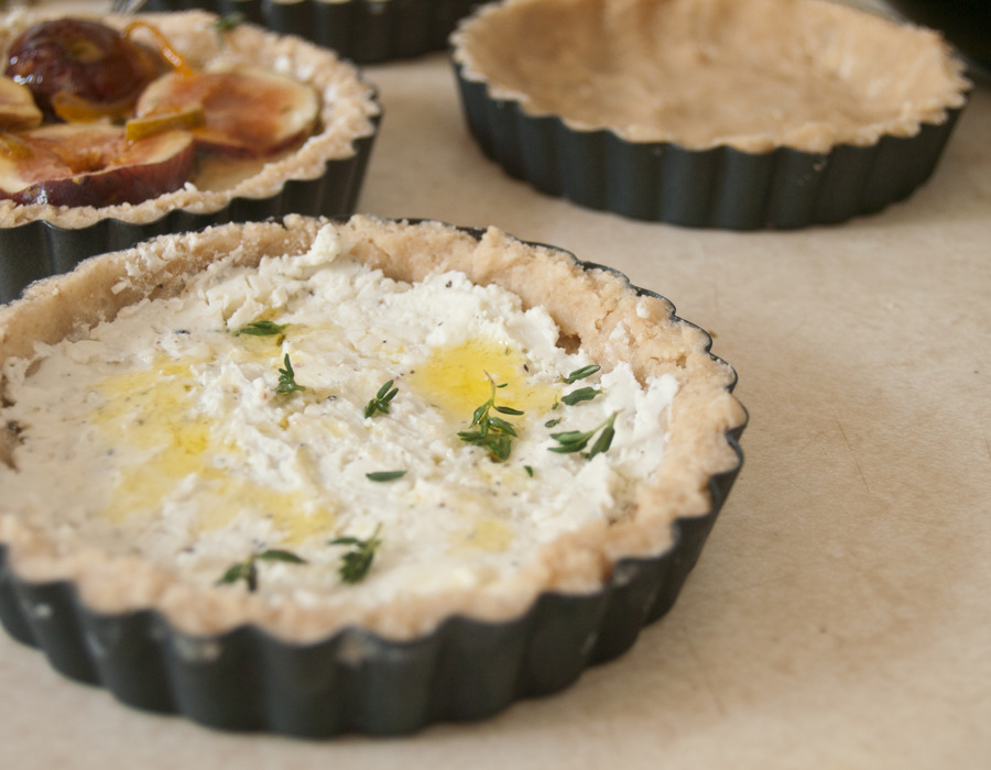 photoblog image Fig and blue cheese tartelette, begginings