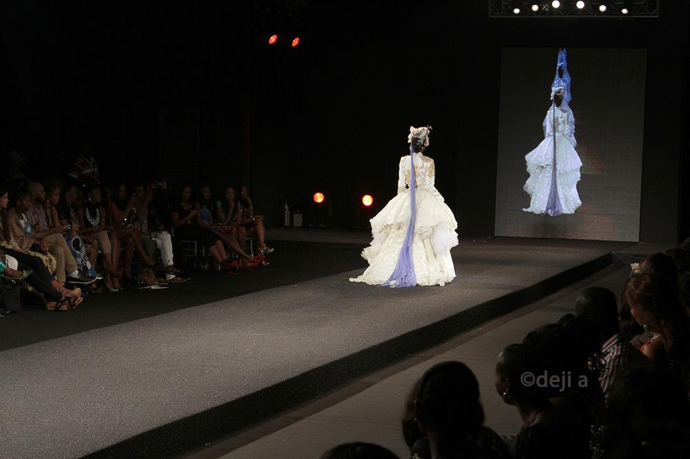 photoblog image Grand wedding dress!!!! what do you think?