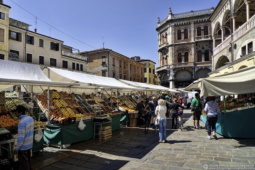 photoblog image Padua market place
