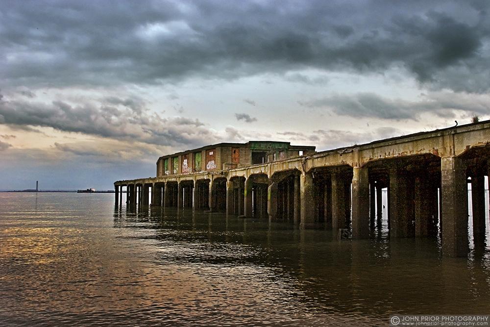 photoblog image Derelict Gas corporation jetty, Southend