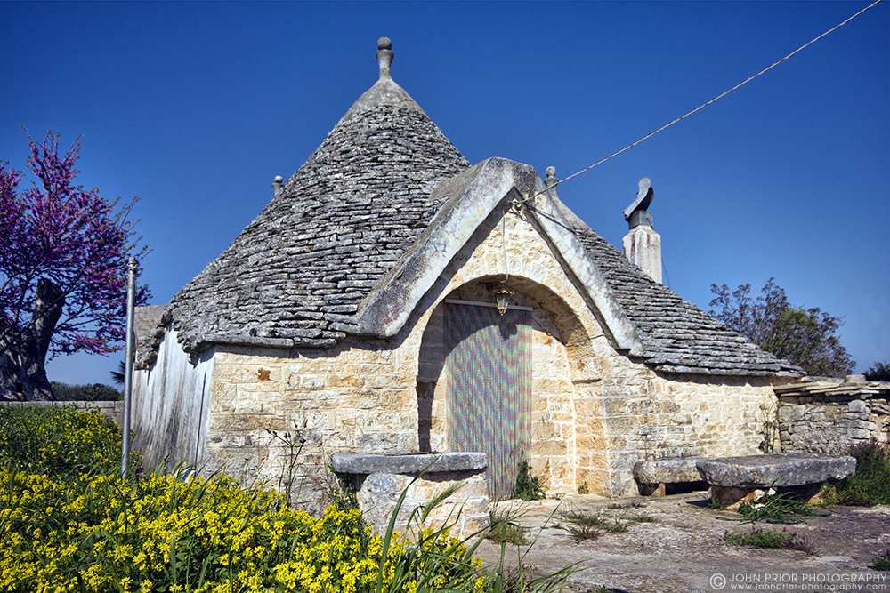 photoblog image Trullo house