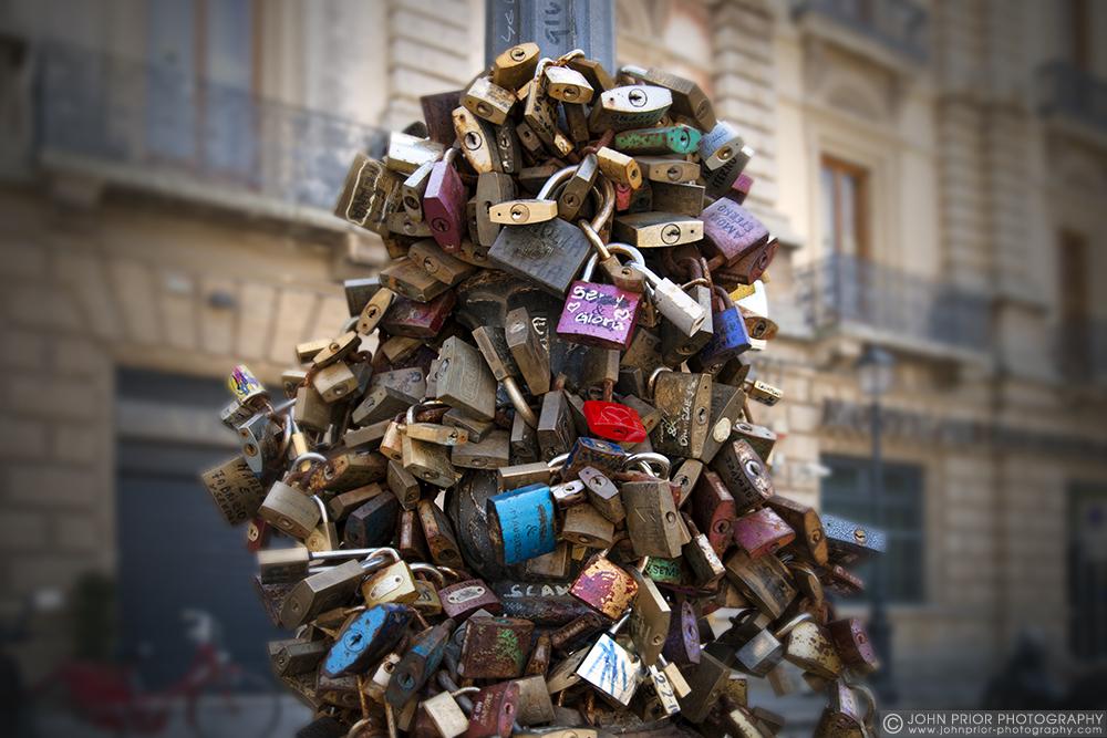 photoblog image The love padlocks of Lecce