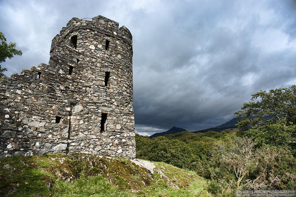 photoblog image Plas Brondanw tower folly