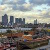 City contrasts II