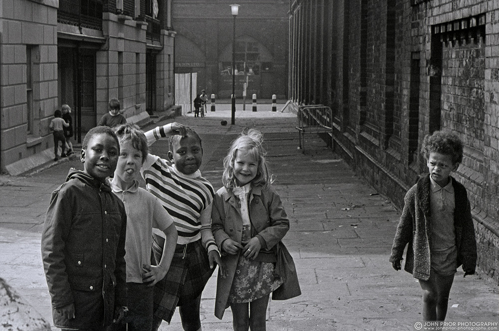 photoblog image London kids