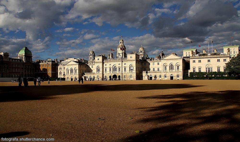 photoblog image Horse Guards Parade Ground, St James Park #1