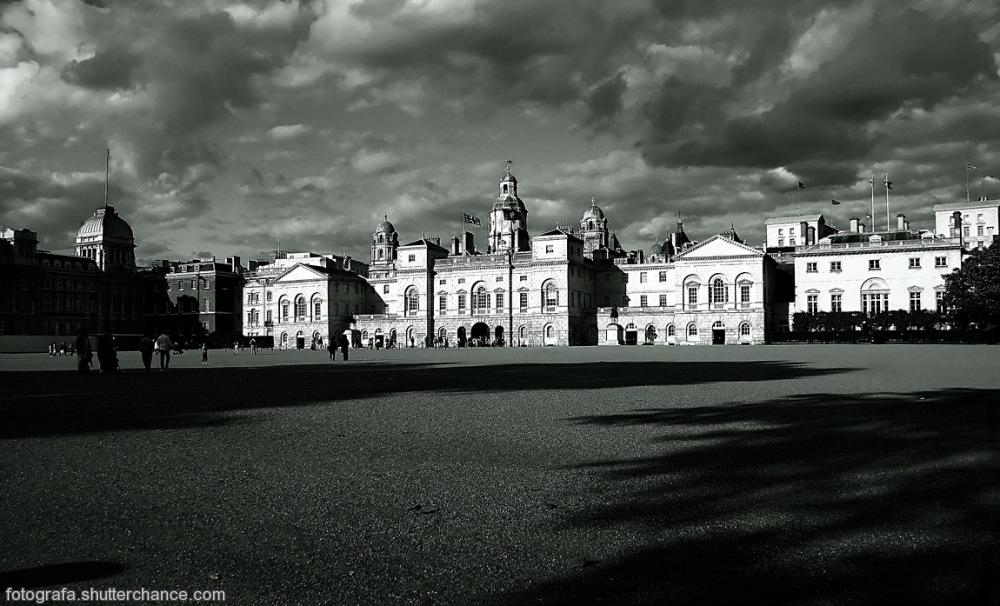photoblog image Horse Guards Parade Ground, St James Park #2