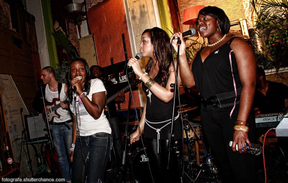 photoblog image Katie Pearl & Band Live @ iluvlive Favela Chic