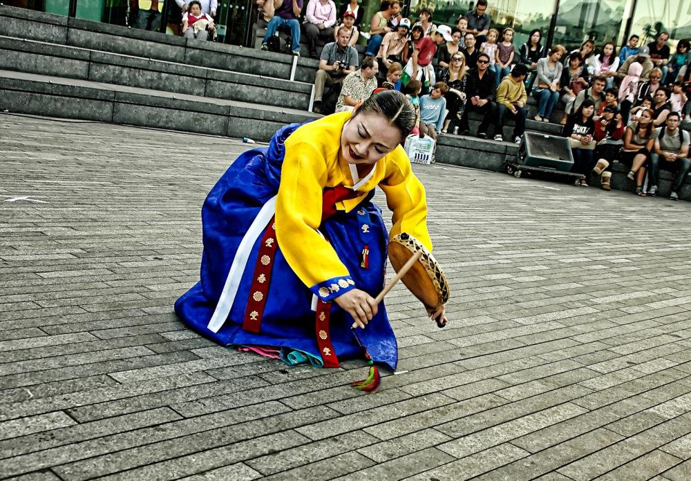 photoblog image Korean Dancer @ The Scoop #4