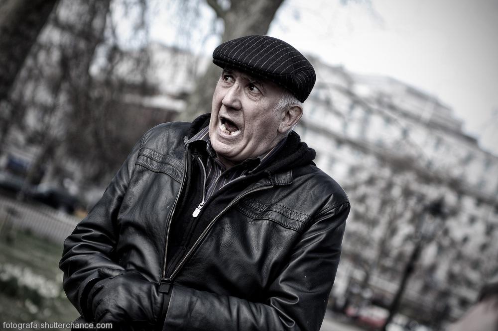 photoblog image You Talkin To Me? - The Political Commentator