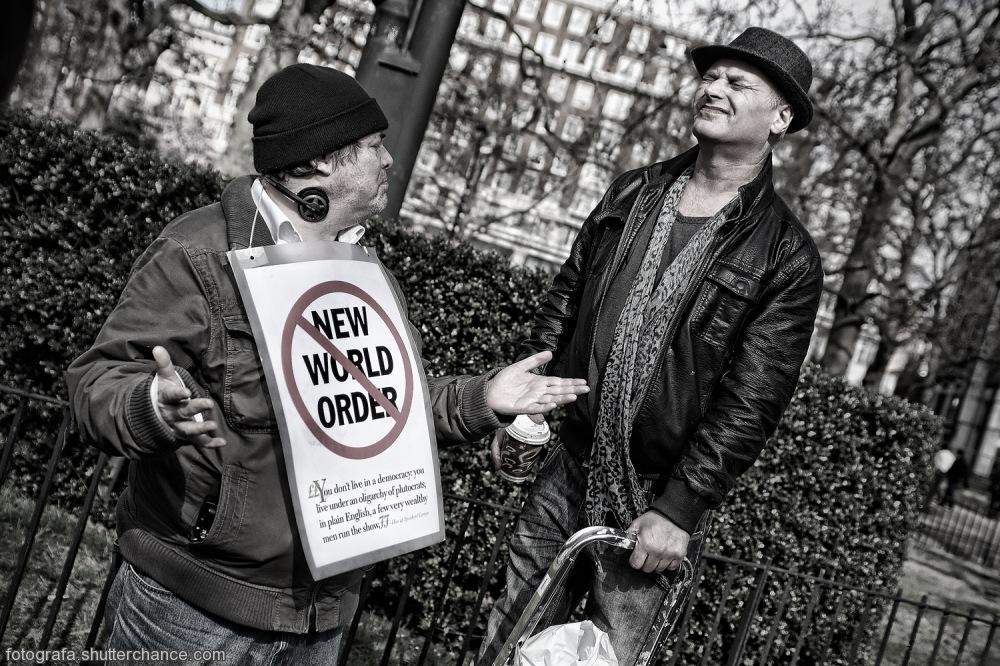 photoblog image Confrontation On The Corner