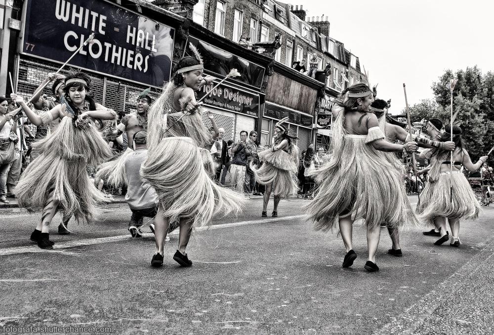 photoblog image Grass Skirt Dancers Latino Style