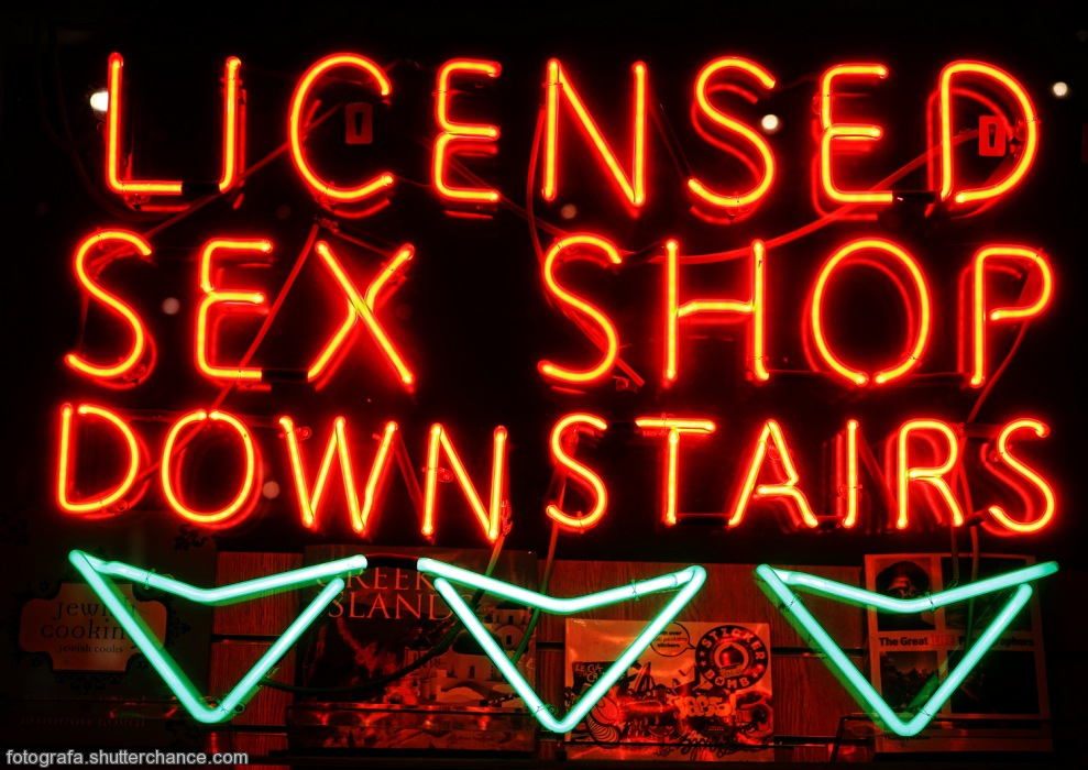 photoblog image Bright Lights - Licensed Sex