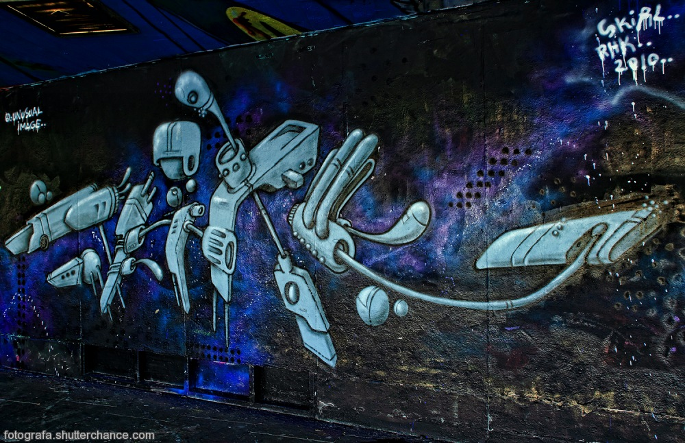 photoblog image Along The South Bank - Street Art #11