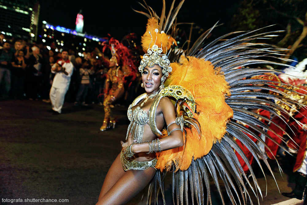photoblog image London Thames 2010 Carnival Parade