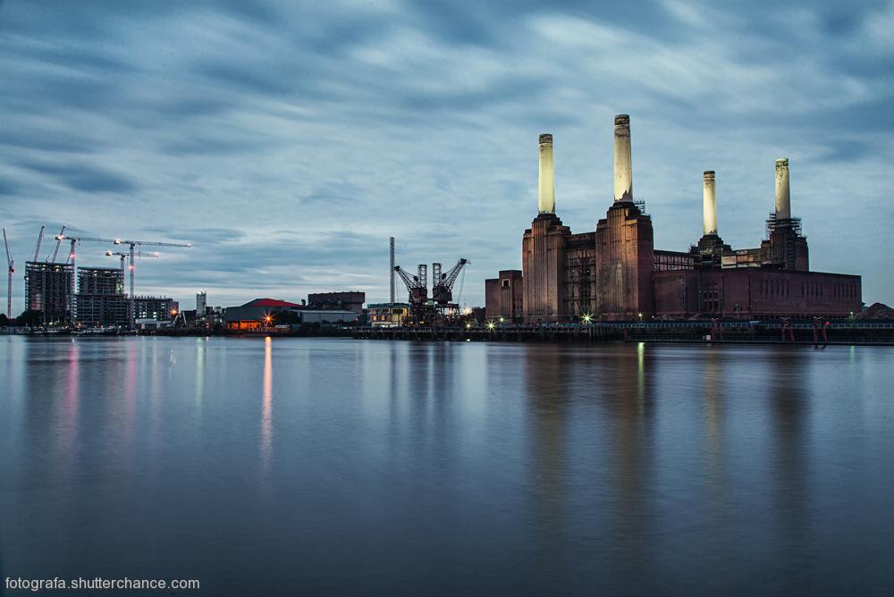 photoblog image Battersea Power Station