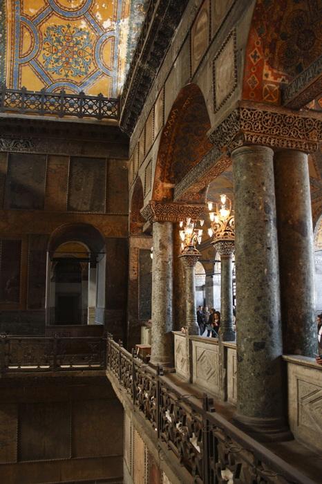 photoblog image Balcones de Santa Sophia.