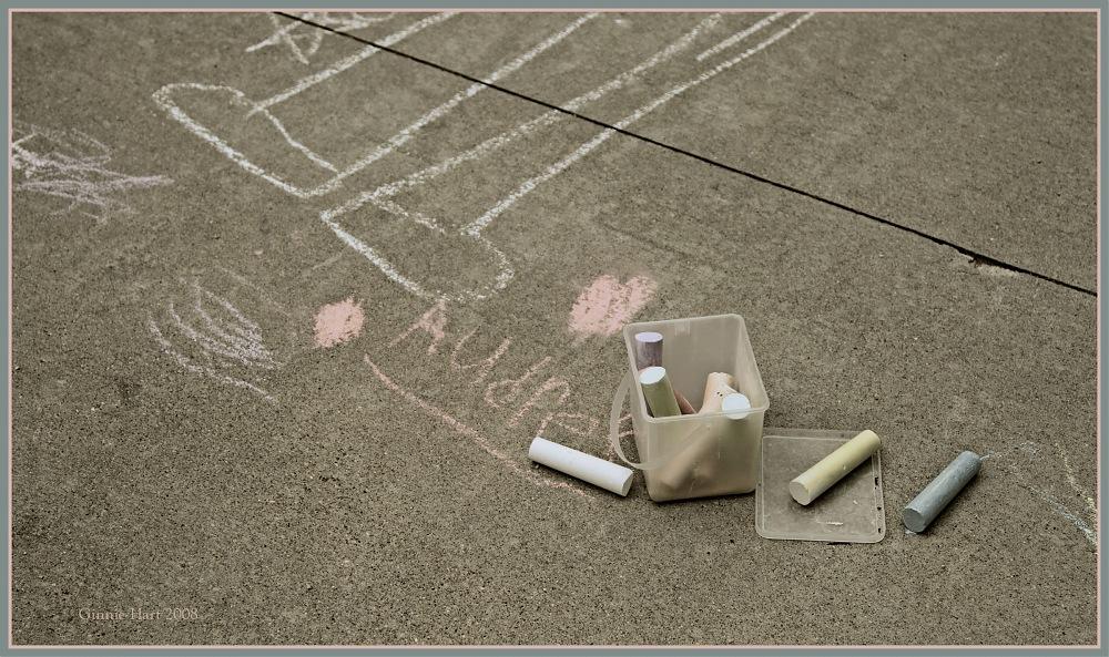 photoblog image Budding Chalk Artist