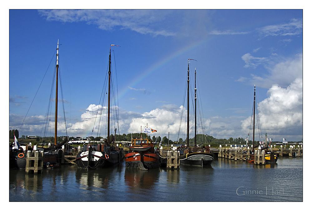 photoblog image Boat Friday