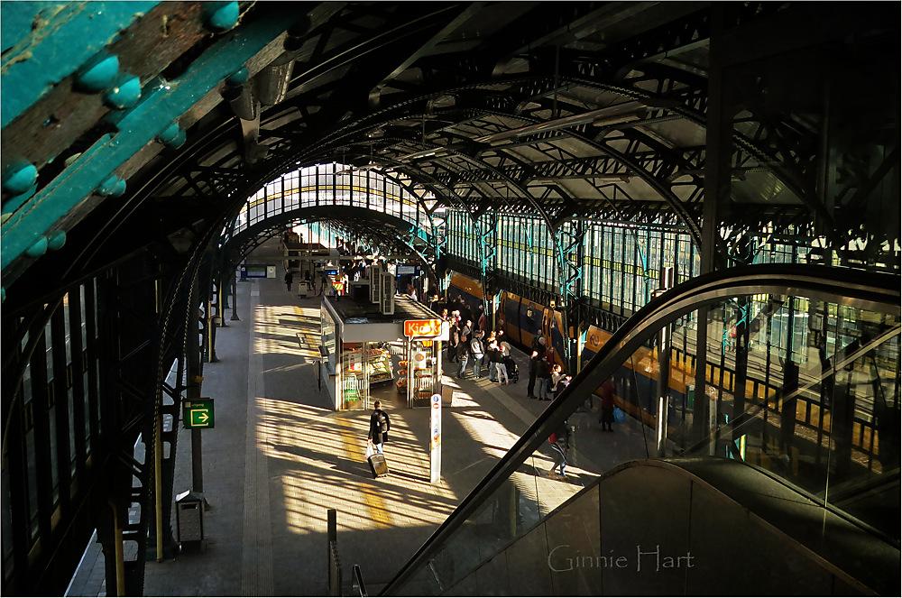 photoblog image Train Friday