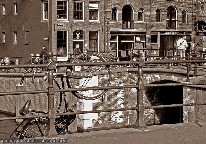 photoblog image One Way to do It!