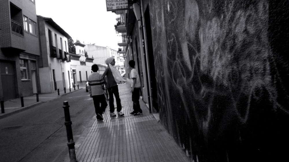 photoblog image Niños jugando en la calle