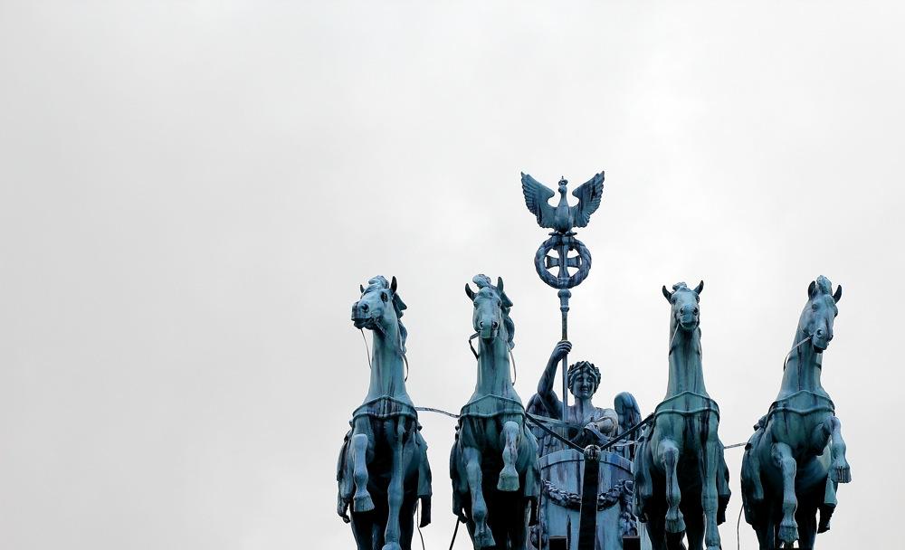 photoblog image Puerta de Brandenburgo en el Parque Europa