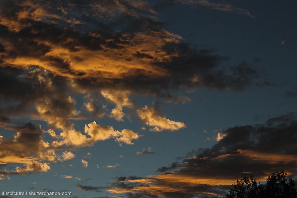 photoblog image Amber and Caramel Skies