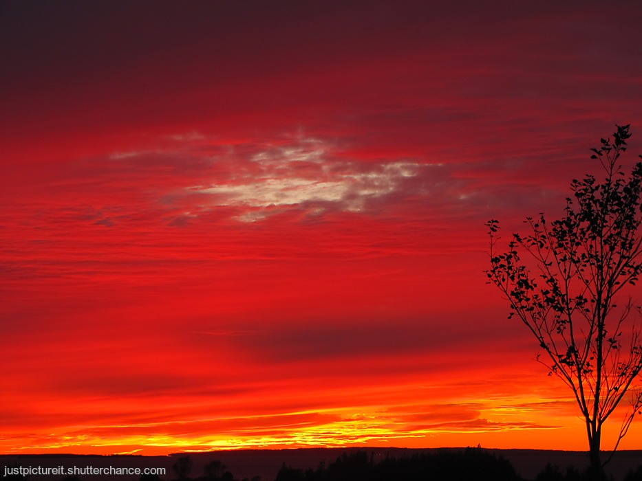 photoblog image Red Sky at Night, Sailors Delight