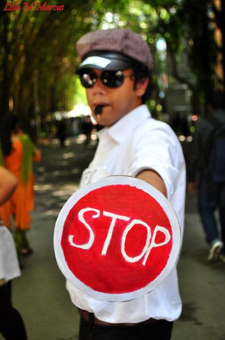 photoblog image STOP EVERYTHING!!