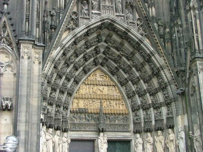 photoblog image Cologne Cathedral front door