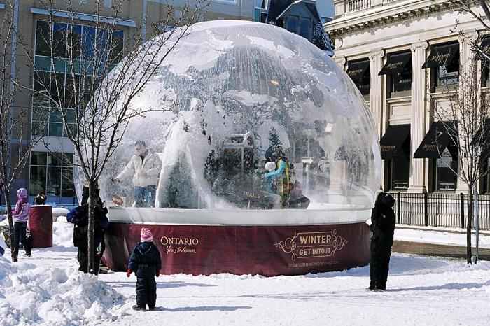 photoblog image World's Largest SnoGlobe