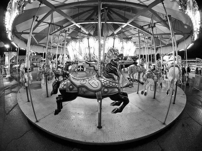 photoblog image Merry-Go-Round