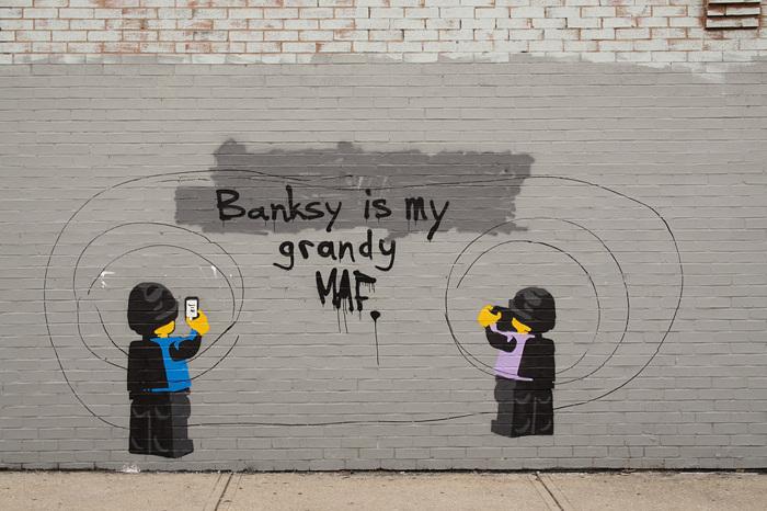 photoblog image Lego Banksy