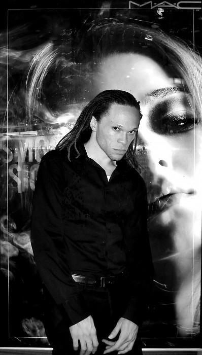 photoblog image N.Kama. ' The Make-Up Artist ' New York 2007