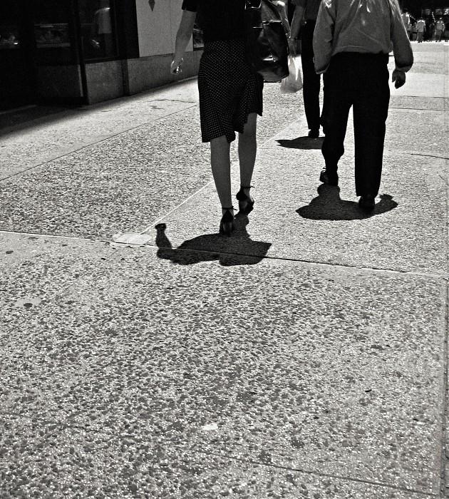 photoblog image N.Kama 'Where Are They Going?' New York City 2007