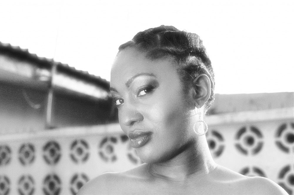 photoblog image N.kama. 'Nuvie #1.' Nigeria 2008.