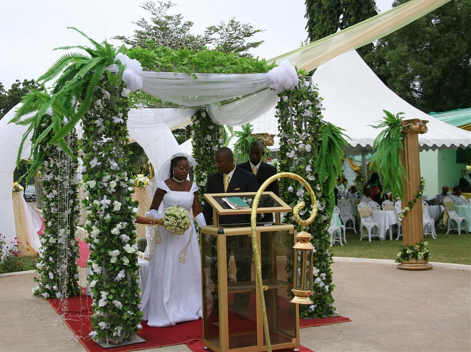 photoblog image N.Kama 'Wedding #3'. Ghana, 2008