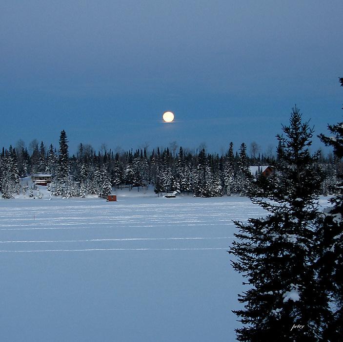 photoblog image Dawn at Remi Lake 2008-01-23