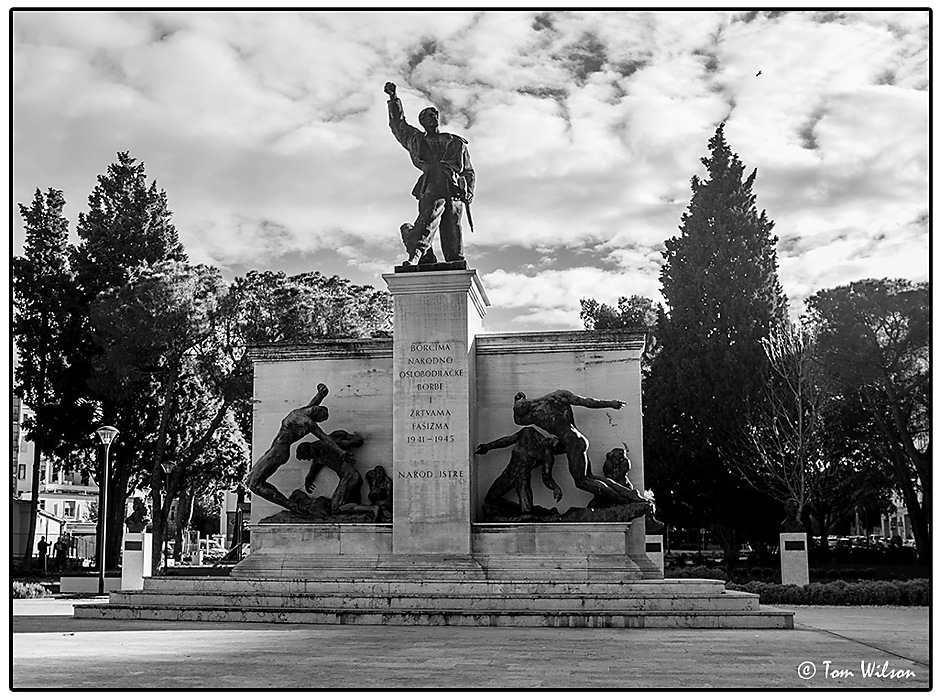 photoblog image War memorial, Pula, Croatia,